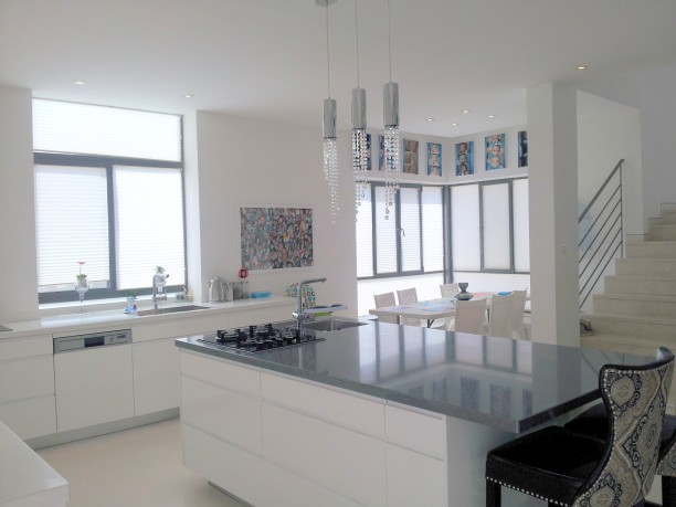 Ramat Beit Shemesh: Luxurious House On Nachal Ya'aleh