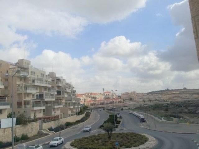 Max Shemesh: Apartment On Arvot Hanachal
